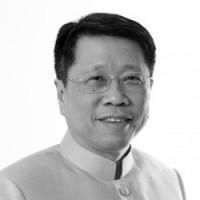 Dr. Tee Jareonsettasin