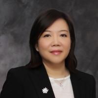 Dr. Eva Sum
